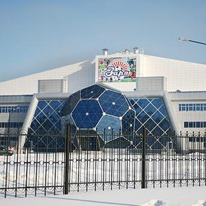 Спортивные комплексы Угры